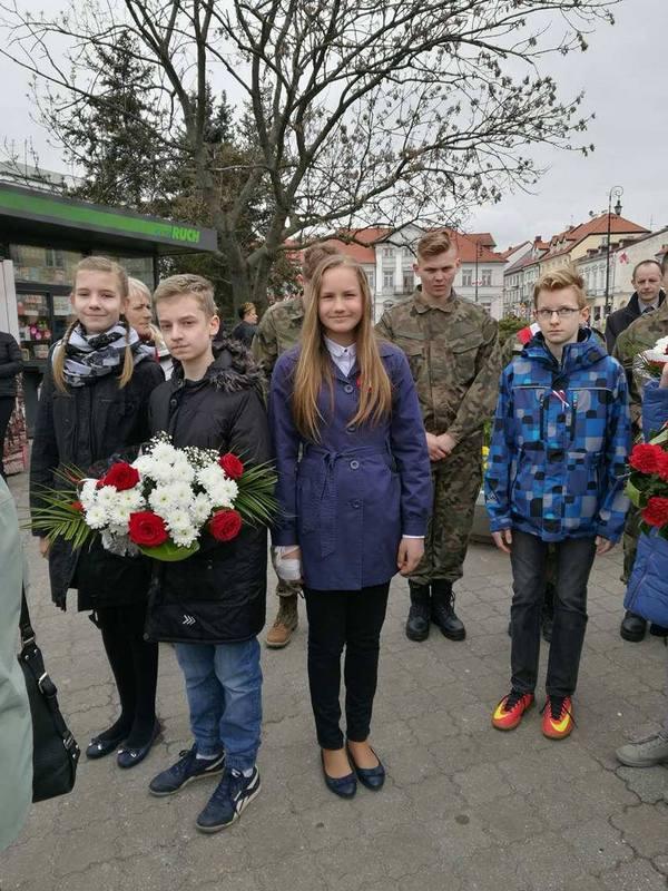 Fotografie z artykułu: Miejskie obchody Święta Narodowego Trzeciego Maja.