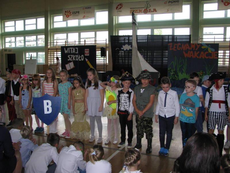 Fotografie z artykułu: Żegnamy wakacje, witamy nowy rok szkolny i Pierwszoklasistów.