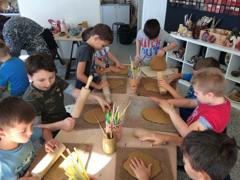 Fotografie z artykułu: Dzień Chłopaka w pierwszych klasach